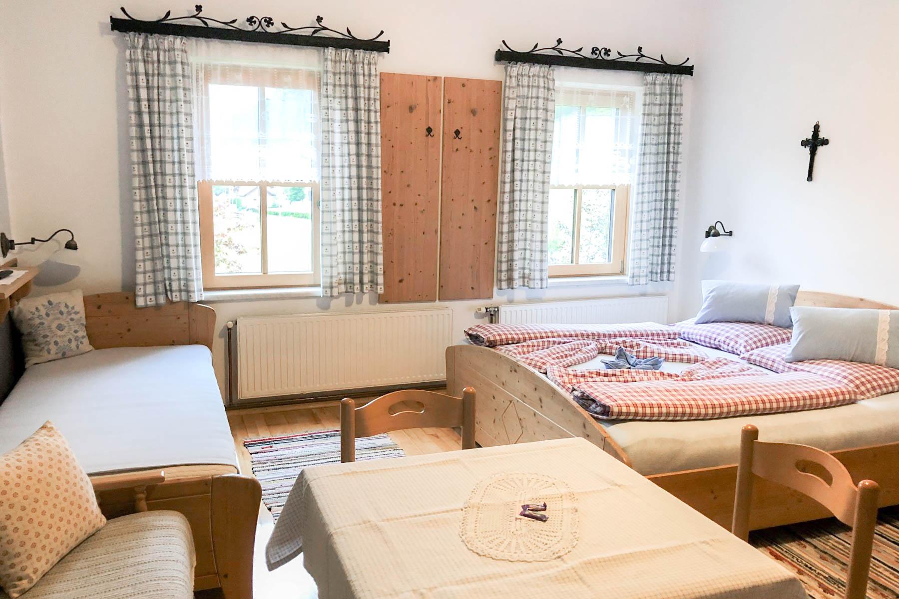 Zimmer Buchsteinblick - Familie Mandl-Moosbauer | Urlaub am Bauernhof in Göstling-Hochkar